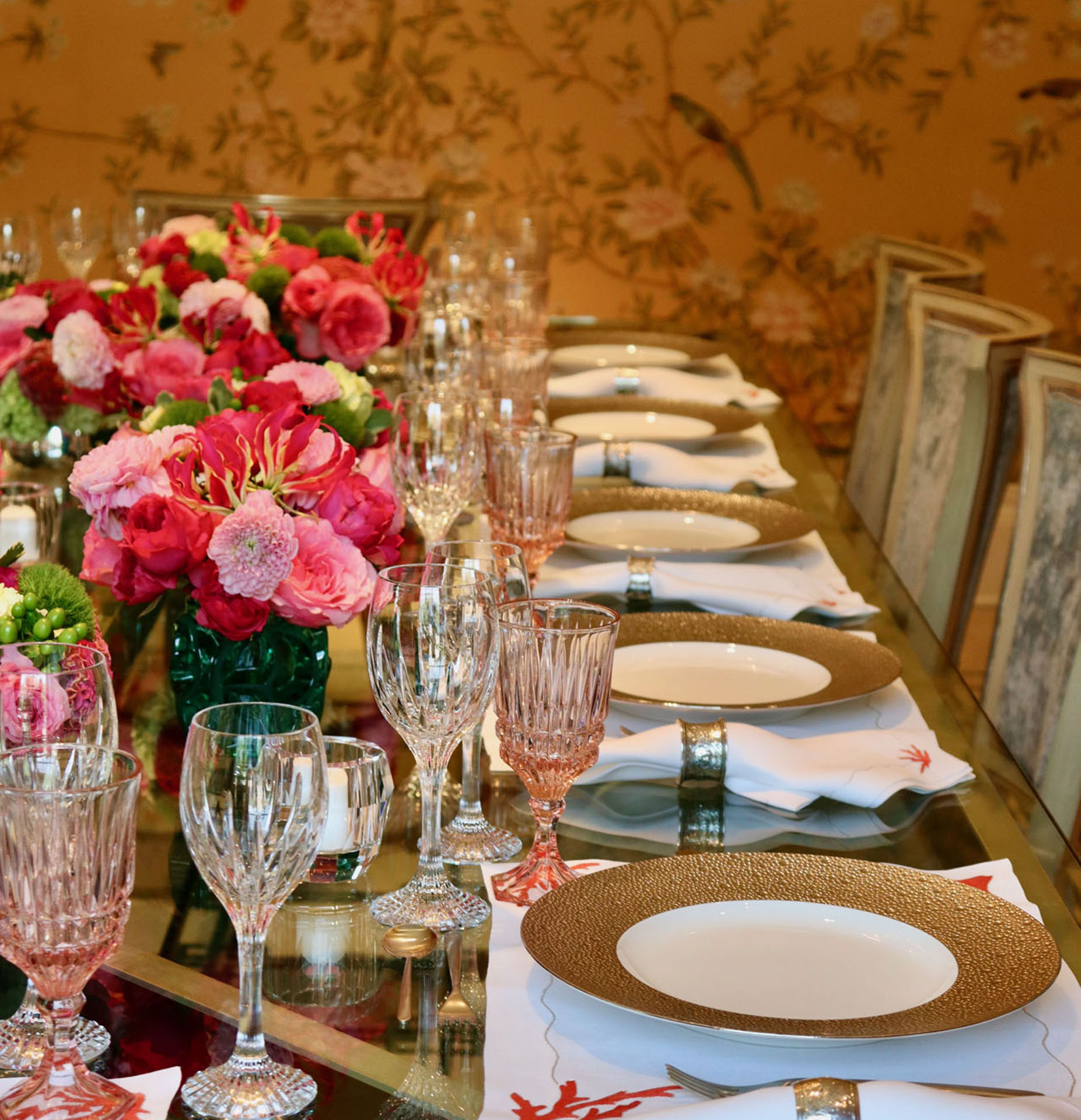 Kane & Co is a full service studio specializing in boutique events