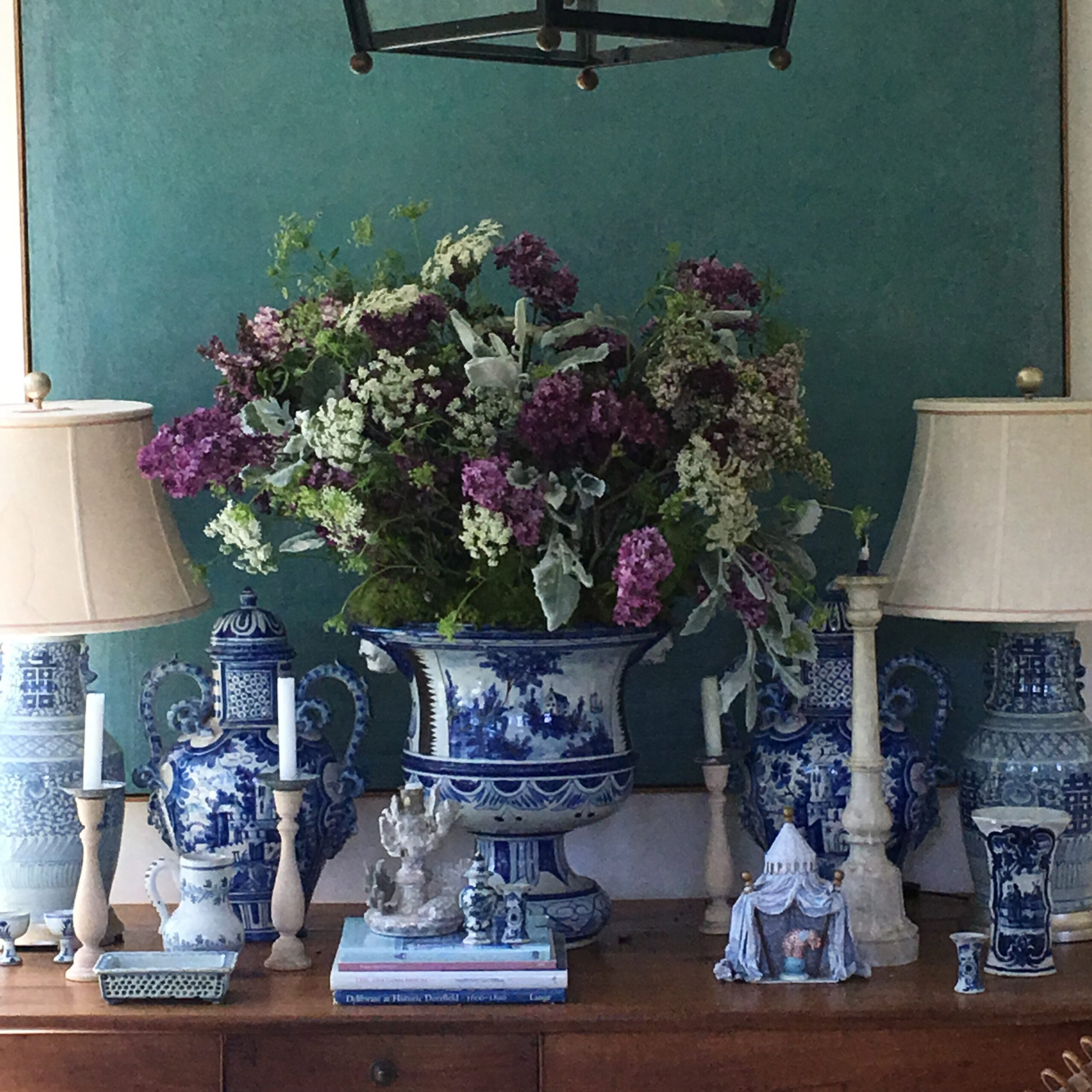 Kane & Co is a full service studio specializing in boutique events, interior design & bespoke flowers